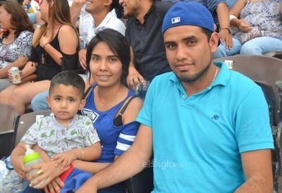 Santiago, Maricruz y Juan