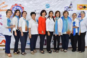 16052019 ENTREGAN DONATIVO.  Mesa directiva y organizadoras del Bingo del Club Rotario.
