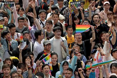 Es el primer país de Asia que legitima los enlaces entre homosexuales.