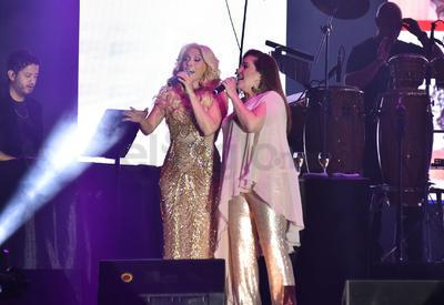 La gira comenzó en Estados Unidos y posteriormente llegó a México.