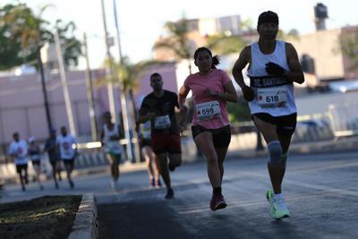 Duranguenses corren 5K, 11K y 21K