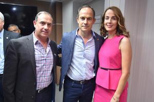 22052019 EN RECIENTE EVENTO.  Florencio, Ernesto y Ana Carmen.