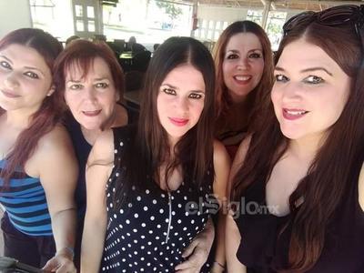 Aída, Bertha, Rosy, Thelma y Berthaly.