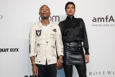 El cantante estadounidense Pharrell Williams y su mujer Helen Lasichanh.