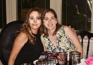 Mónica y Marcela