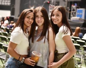 Katia, Sara y Sharo