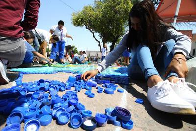 La recolección se llevó a cabo en la plaza Cuarto Centenario de Durango.