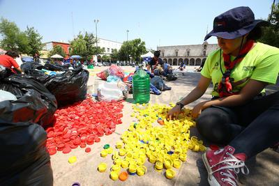 Se anunció que también colaborarán con la campaña de recolección de latas para entregar a la Fundación Semilla.