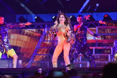 Dividió parte de su show en secciones como Disco, baladas y dark.