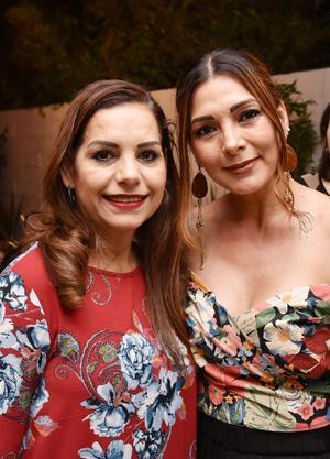 28052019 EN FESTEJO.  Ángeles Flores y Lucy García.