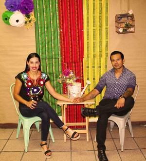 28052019 EN PAREJA.  Rocío y Adrián.