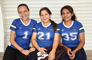 29052019 Gladys López, Denisse Ramírez y Claudia Román.