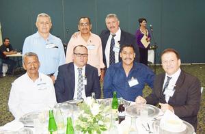29052019 Armando Martínez, Víctor M. Esquivel, Francisco Rocha, Luis Sergio Sida, José L. Morales y Martín E. Vital, cumplieron 30 años de servicio. Raymundo S. Martínez, 40 años de servicio.
