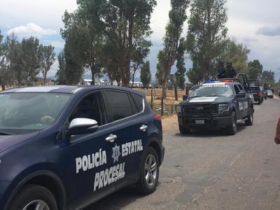 Unidades de policías municipales fueron retenidos nuevamente incluyendo la que tripulaba el titular de la dependencia Oscar Galván Villarreal.