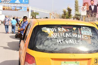 La protesta inició en las instalaciones de la explanada de la Expo Feria de Torreón.