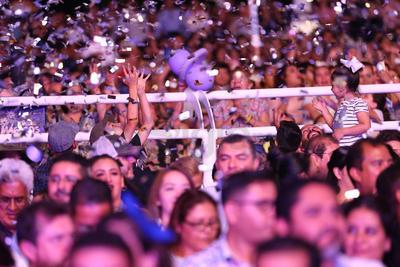 La música mexicana estará representada por Grupo Pesado (29), Los Tucanes de Tijuana (30) y Ramón Ayala (31).
