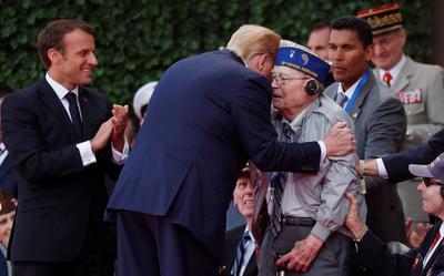Trump se mostró cercano con los veteranos.