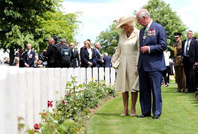 El príncipe Carlos de Inglaterra y la duquesa Camila de Cornualles.