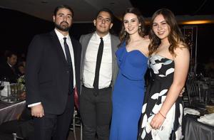 Patricio, Daniel, Mayra y Fernanda