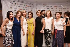 Paulina, Ana, Kitty, Magdalena, Cony, Chayo y Lorena