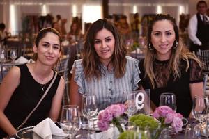 Silvia, Celina y Mónica