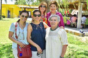 Gloria, Salma, Lety y Lucy