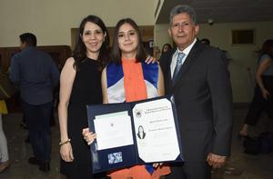 María Kuri, Daniela Gutiérrez Kuri y Gustavo Gutiérrez