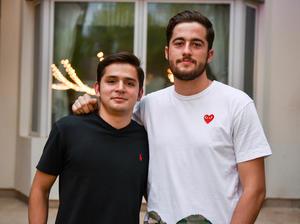 Santiago y Ernesto