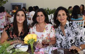 Carmen, Lina y Mariana