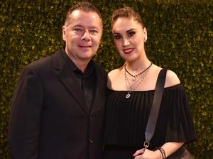 Armando y Elvia