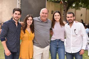 Fernando, Cristy, Fernando, Bárbara y Miguel