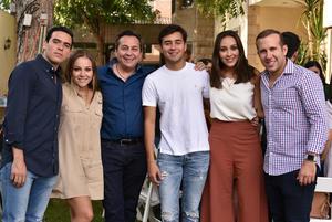 Lázaro, Jenny, Víctor, Víctor, Sandra y Alejandro