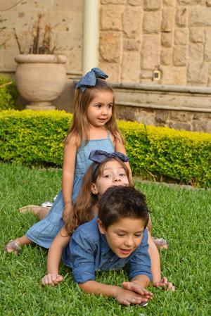 René, Romi y Regina 6