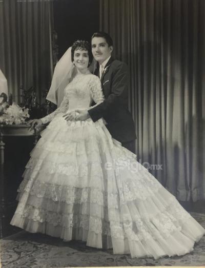Sra. Lupita Salazar y Sr. Gustavo Silva el 1 de mayo de 1961.