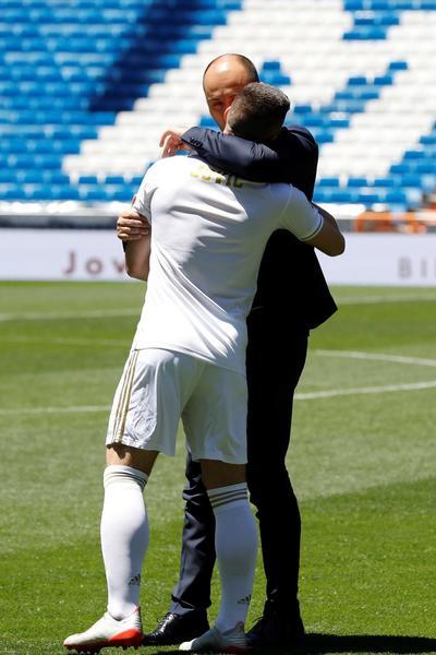 Luka Jovic vive su primer día como jugador del Real Madrid