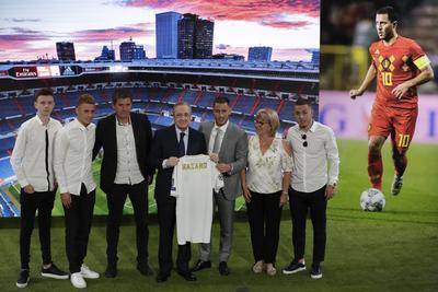 'Viene a formar parte de este equipo un jugador maravilloso, de esos distintos. Nuestra historia se ha forjado con futbolistas de talento. Hazard es un futbolista capaz de convertir el fútbol en algo sorprendente', dijo Pérez.