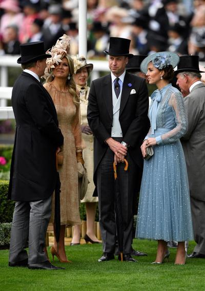 El rey Guillermo Alejandro (i) y la reina Máxima de los Países Bajos (3i), el príncipe William (2d) y la duquesa Catalina de Cambridge.