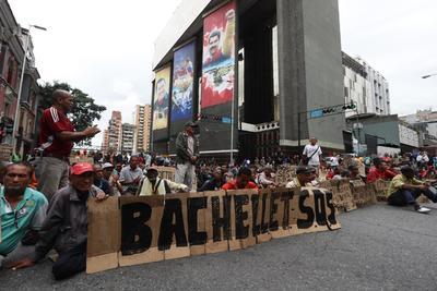 Bachelet visitó Venezuela después de decenas de peticiones de la oposición.