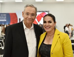 Higinio González y Flor Rentería