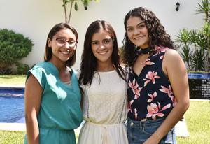 Janeth Abigaíl Beltrán, Daniela Ramírez y Anahí García