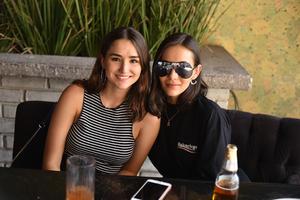 Lorena y Pamela