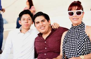 José, Elías y Lorena