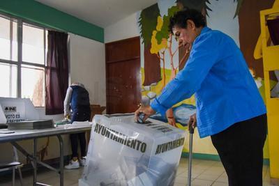 Están en condiciones de emitir su voto un millón 298 mil 587 ciudadanos que integran la Lista Nominal.