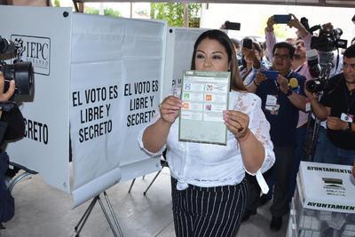 ELECCIONES AYUNTAMIENTOS 2019  VOTO VOTACIONES PARA ELEGIR PRESIDENTES MUNICIPALES  Anavel Fernández candidata del PRI