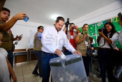 Otniel García Navarro, candidato de Morena a la Alcaldía de Durango.