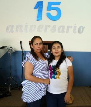 01062019 Karla y Abril.