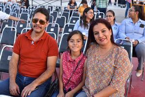 01062019 Cuauhtémoc, Yaretzi y Cristina.