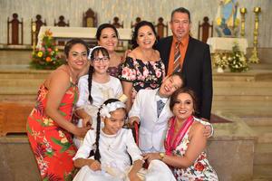 02062019 Eréndida, Rosa Elizabeth, Carmen, Fernando Octavio, Camila Fernanda, Fernando Octavio, Carmen Fernanda y Erika del Consuelo.