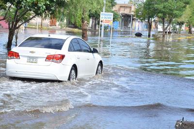 Inundaciones en la colonia Las Carolinas.