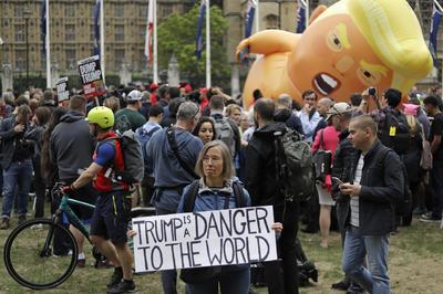 La manifestación es organizada por el grupo 'Juntos Contra Trump'.